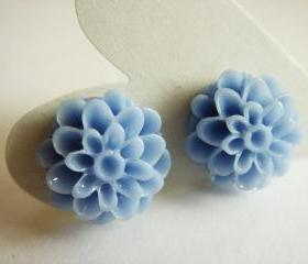 Romance Blue Mum Flower Studs