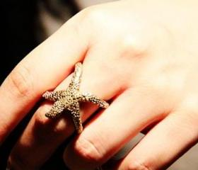 Vintage Adjustable Starfish Claw Ring