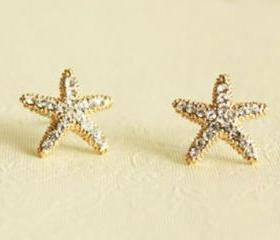 Fashion Rhinestone Starfish Golden Stud Earrings
