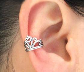 Vintage Silver Crown Ear Cuff