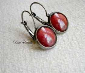 Dangle Earrings - Antiqued Silver Gunmetal - Red wine