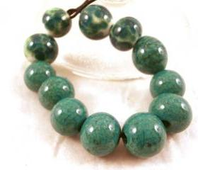 Emerald Green Lampwork beads Set of 12