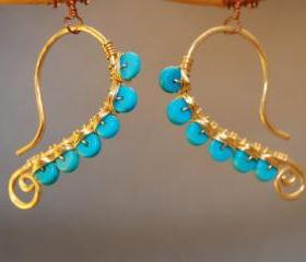 Luxe Bijoux 47 Hammered wire wrapped with turquoise