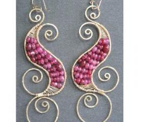 Luxe Bijoux 129 Hammered swirl earrings with ruby