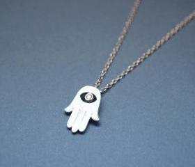 Hamsa hand pendant necklace in silver