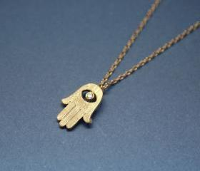 Hamsa hand pendant necklace in gold