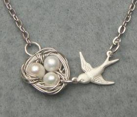 Bird Nest and White Pearl Necklace