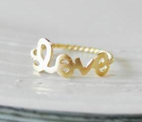 Love ring 6.5 size in gold