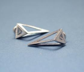 3D Long triangle earrings in silver