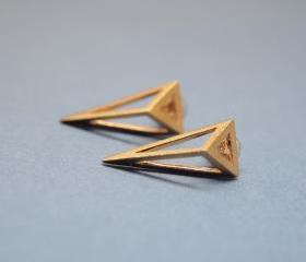 3D Long triangle earrings in gold