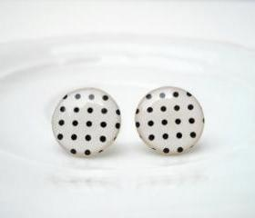 Polka dots Ear Stud Earrings, Black and White, Gift Bridesmaids