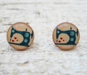 Vintage Sewing Machine Ear Studs in Peach Green , Small Ear Posts Earrings, Retro