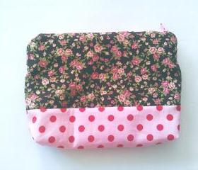 Pink Floral and Polka Dots Print Zipper Pouch (medium)