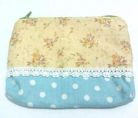 Vintage floral and Polka Dots print zipper pouch