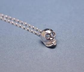 Cute Tiny Baby Skull Necklace In Silver