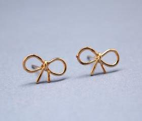Little Bow Stud Earrings in GOLD