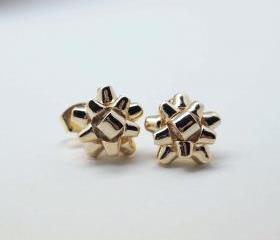 Gift Wrapping Bow Stud Earrings in gold
