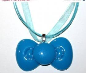 Kawaii XL Resin Bow Necklace Blue