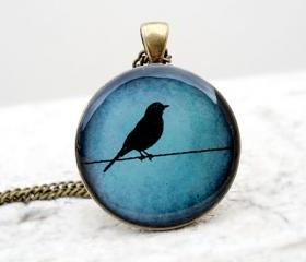 Silhouette bird necklace, Teal bird Pendant, Nature color, Gift for her, everyday jewelry