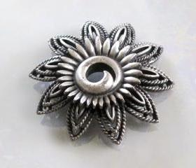 Vintage Brooch