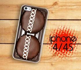 iPhone 4S, iPhone 4 Hard Case Chocolate Cup Cake