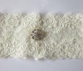 Ivory Garter/ Wedding Garter / Bridal Garter - Now Available in IVORY - The Original Simply Chic Garter