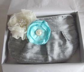 Wedding / Bridal / Bridesmaid Clutch / Wristlet clutch with Tiffany Blue & Ivory stardust brooch - Perfect Bridesmaid Gift