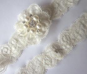 Ivory Garter Set / Wedding Garter - Simply Lace Bridal Garter Set