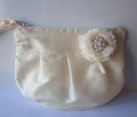 Wedding / Bridal / Bridesmaid Clutch - Ivory Clutch Purse - Stardust Brooch Bridesmaid Purse