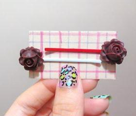 Clay Flower Bobby Hair Pin in a Pair ( Ox Blood / Dark Maroon )