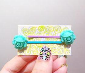Clay Flower Bobby Hair Pin in a Pair ( MInt Green )