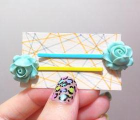 Clay Flower Bobby Hair Pin in a Pair ( Light Mint )