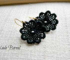 14K gold plated Lace earrings in black