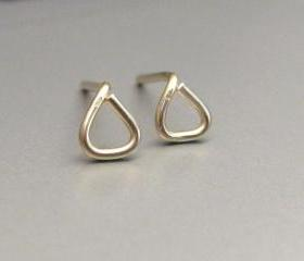 Tiny Triangle Silver Studs Earrings, Tiny Triangle Post, Stud Earrings, Gold Triangle Earrngs