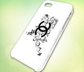 HP023 chanel Logo design for iPhone 5 White Plastic Case - leave message for Black Case / iPhone 4 or iPhone 4S Case