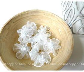 10 Organza silver flower with pearl centered / pack