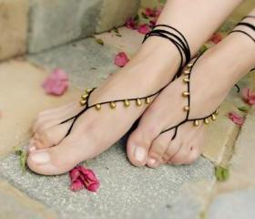 Oriental beaded crochet barefoot sandals. belly dance black gold drops nude shoes sandles, sexy foot jewelry, yoga, beach summer fashion