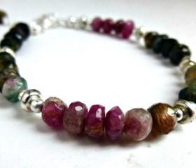 Hand Cut rondelle Genuine Tourmaline and Sterling silver Bracelet. Gemstone bracelet. Tourmaline jewelry. Silver jewelry. Stone.