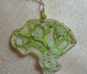 Oak Moss Necklace