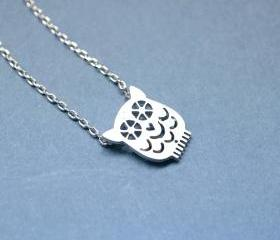 cute Owl necklace in silver