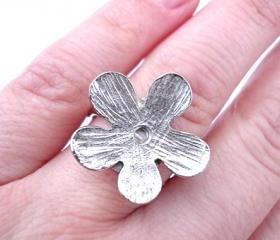 Silver Flower Ring, Jewelry for her, Adjustable, Silver Plated