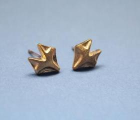 Fox studs earrings in matte gold