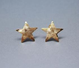 Brushed Chunky Star Earrings in Gold