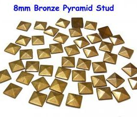 100 pcs 8mm DIY Bronze Pyramid FlatBack Studs Hotfix Iron On Glue On for iPhone Case or Crafts