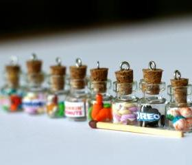 Anti dust plug for phone - Mentos bottle miniature kawaii Polymer clay