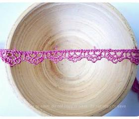 Scallop purple lace cotton trim