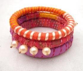 Ribbon yarn and pearls bangle bracelets - set of three