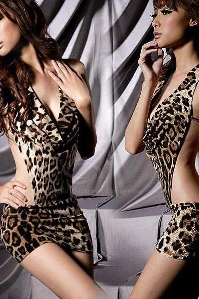 Stylish Sexy Leopard Backless Hot Girl Dress