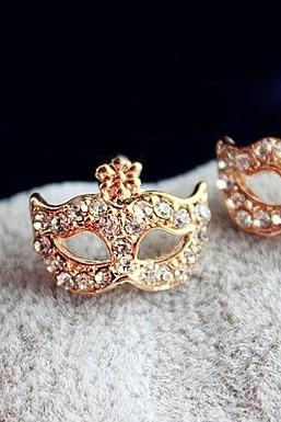Rhinestone Mask Shape Stud Earrings