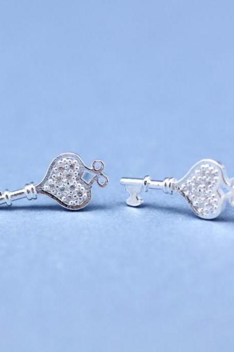 HEART KEY with clear CZ stones post earrings in Silver